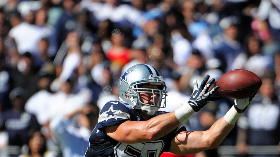89fc8180-Cowboys Chargers Football