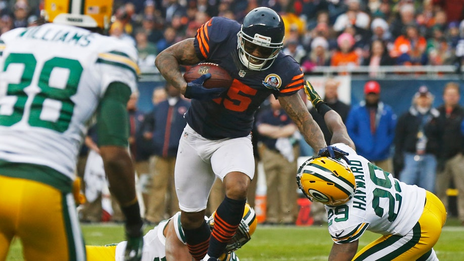 3215a58e-Packers Bears Football