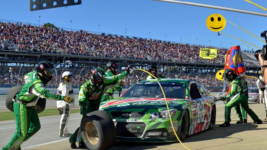 55e45f0c-NASCAR Talladega Auto Racing