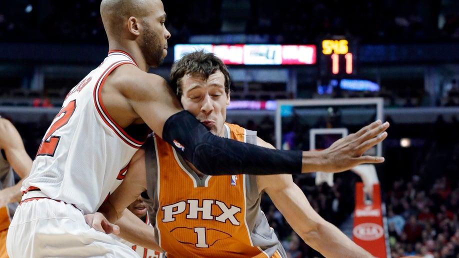 7f3c6bb1-Suns Bulls Basketball