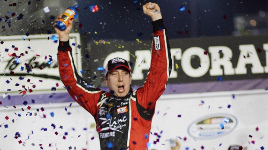 4749016e-NASCAR Nationwide Auto Racing