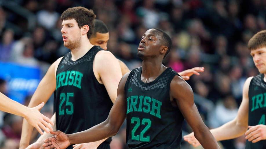 e1e6a851-Notre Dame Providence Basketball