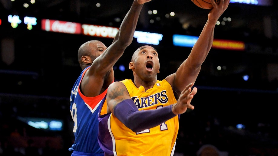 f1d0645f-76ers Lakers Basketball
