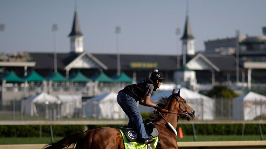 2f810725-Kentucky Derby Horse Racing