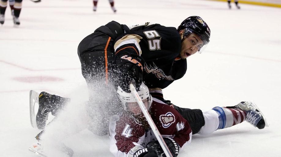 APTOPIX Avalanche Ducks Hockey