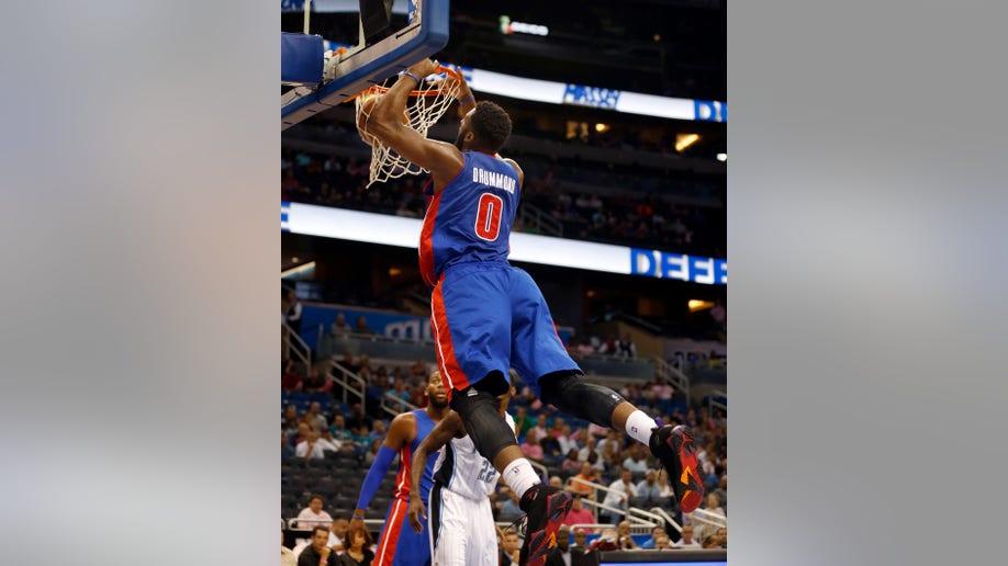 5d75ac8f-Pistons Magic Basketball