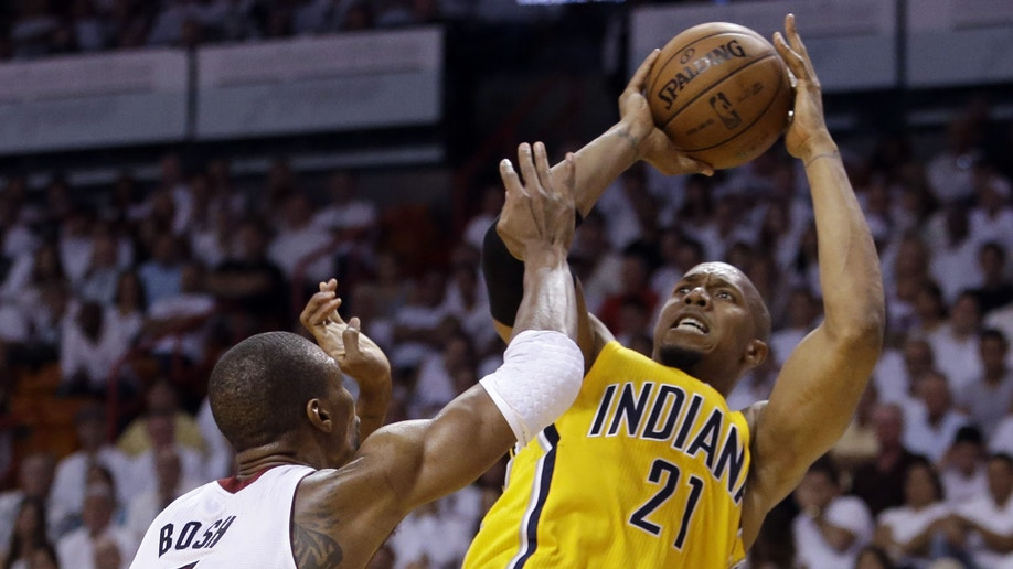 5bc19ea3-Pacers Heat Basketball