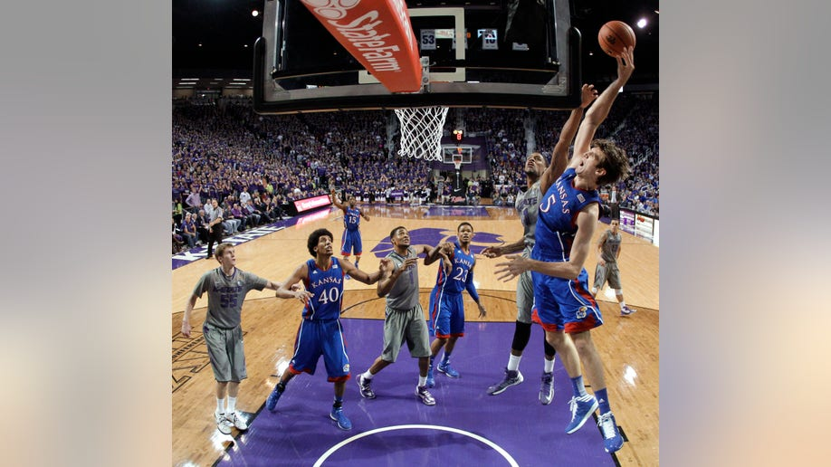 b02bfd4f-Kansas Kansas St Basketball