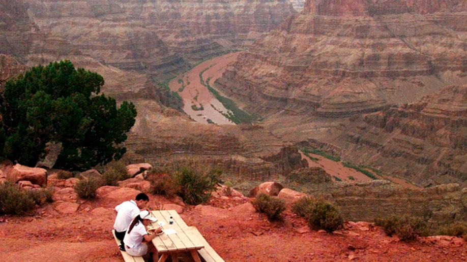 0932d9cb-Grand Canyon Age