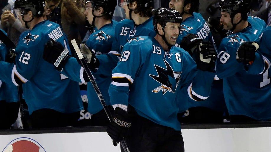 d1f9a46f-Kings Sharks Hockey
