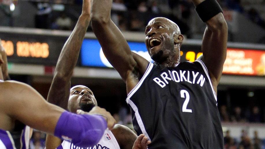 fe7d6e58-Nets Kings Basketball