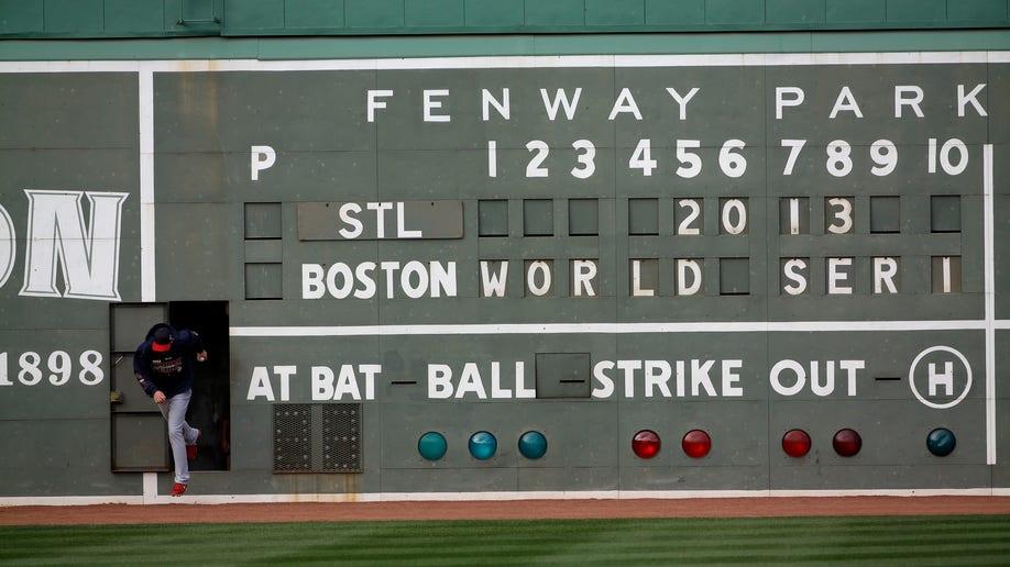 278ee184-APTOPIX World Series Cardinals Red Sox Baseball