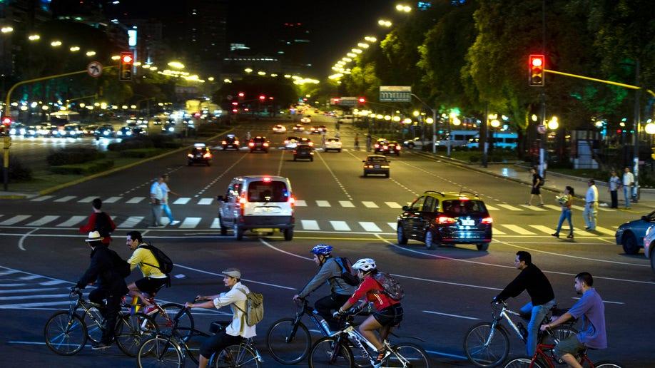 db425f1b-Argentina Cycling