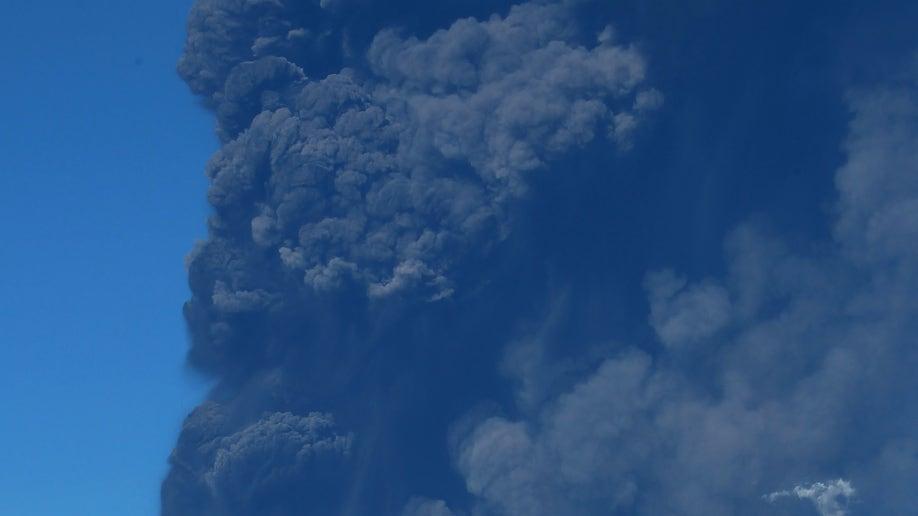 cf901784-Italy Etna Volcano Eruption