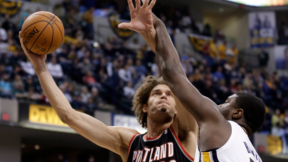 38275119-Trail Blazers Pacers Basketball