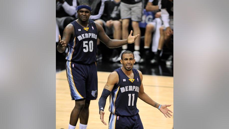 3e6c8836-Grizzlies Spurs Basketball