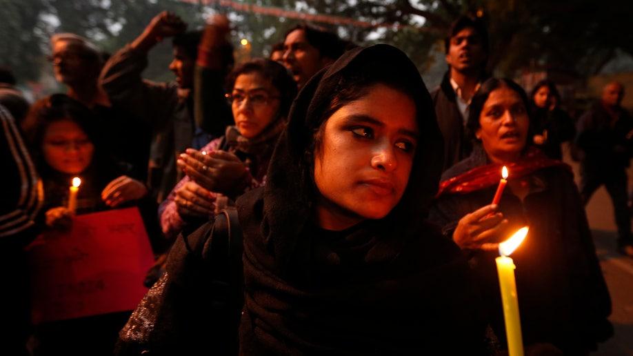 e5b0ff59-India Gang Rape