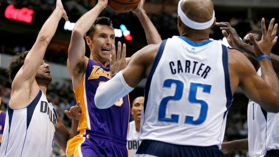 2ffac21e-Lakers Mavericks Basketball