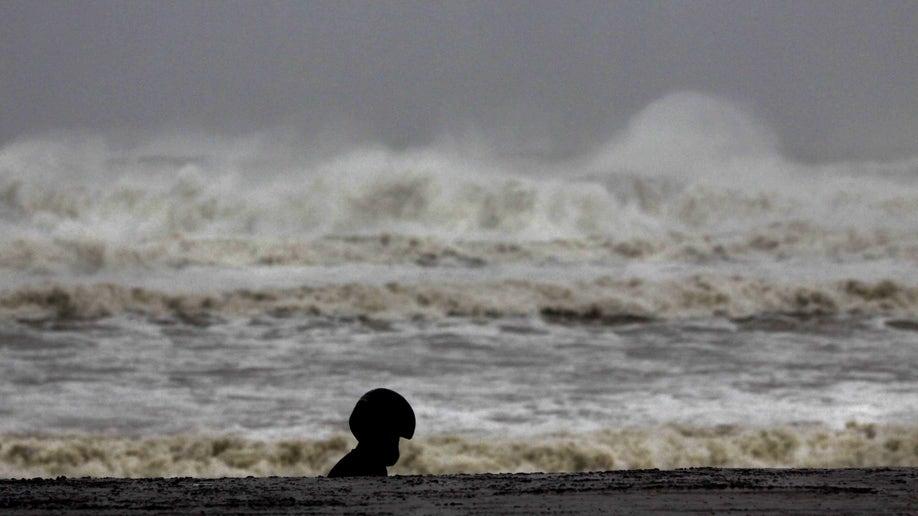 941a4b45-India Cyclone