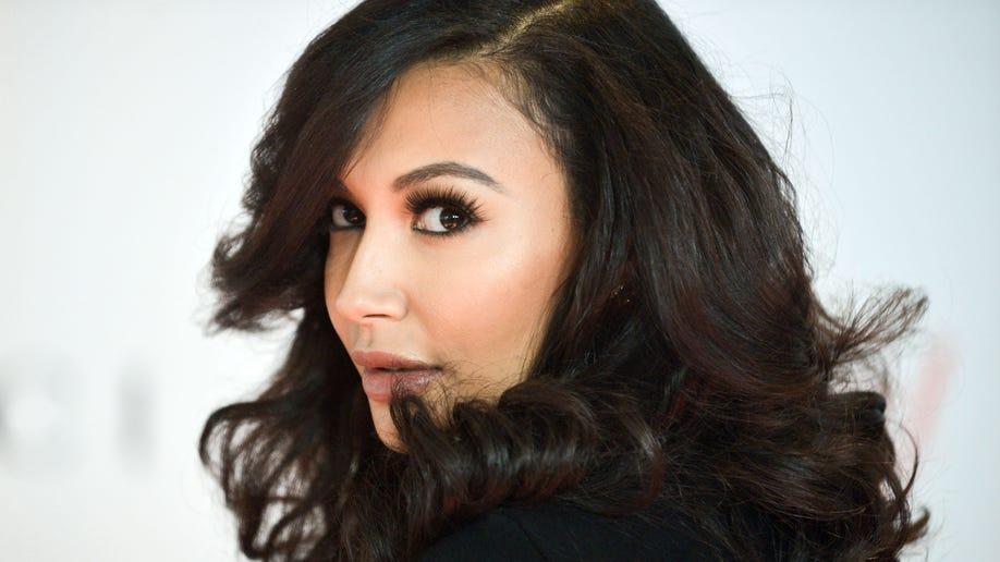 100b0de4-Glee Rivera