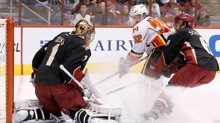 Flames Coyotes Hockey