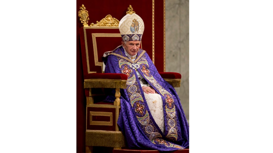 ff500fbd-Vatican Pope Vespers