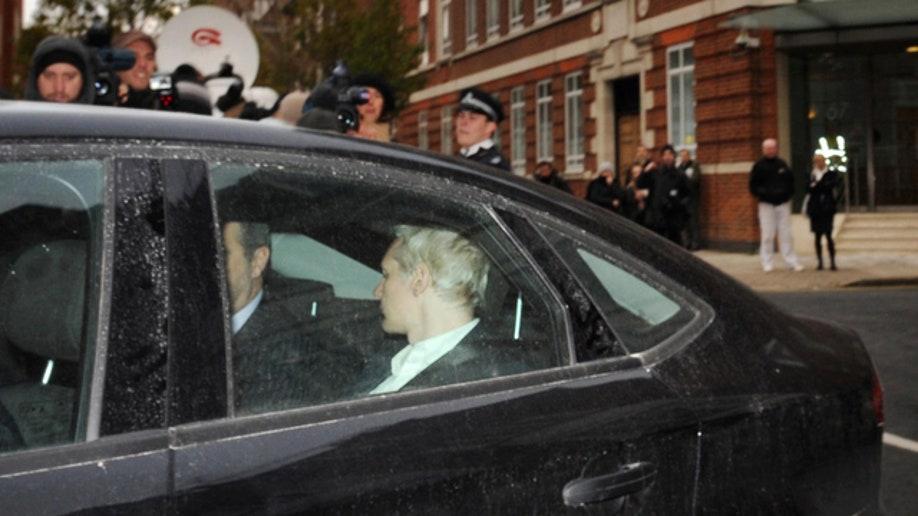 9ee3a398-APTOPIX Britain WikiLeaks