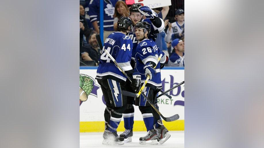 04b209a7-Maple Leafs Lightning Hockey
