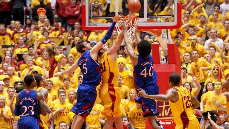 db71de03-Kansas Iowa St Basketball