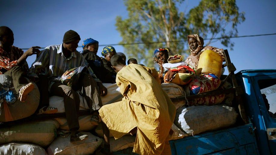 26e1304f-Mali Fighting
