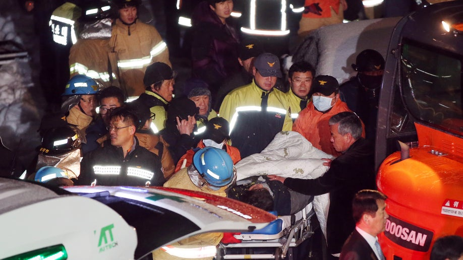 0882be5e-South Korea Roof Collapse