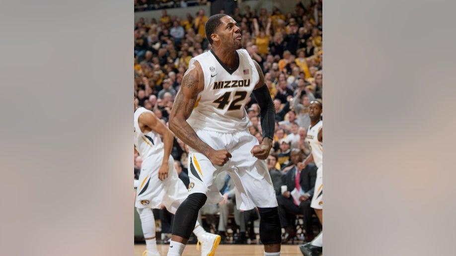 d6a36eed-Mississippi Missouri Basketball