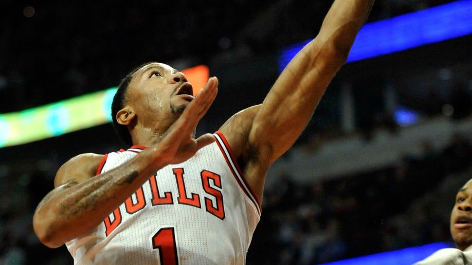 3499e084-Bucks Bulls Basketball