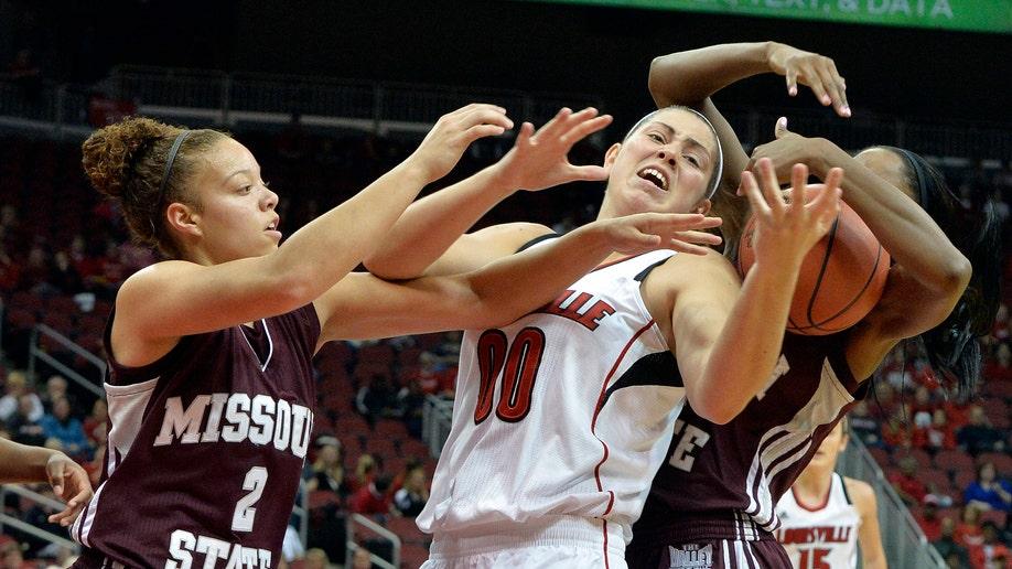 5a52261f-Missouri St Louisville Basketball