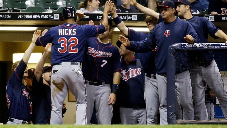 c3f31248-Twins Brewers Baseball