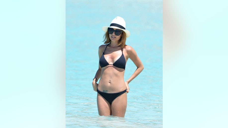 8744309dfed00 Best and worst celebrity beach bodies (okay mostly best)
