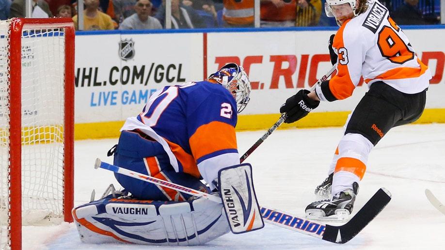 6dd79cc2-Flyers Islanders Hockey