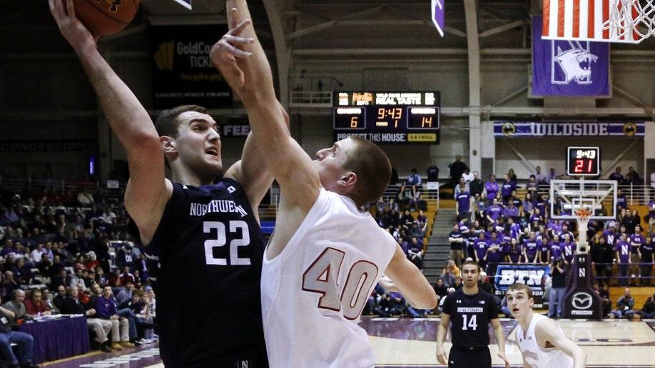 40e35308-Wisconsin Northwestern Basketball