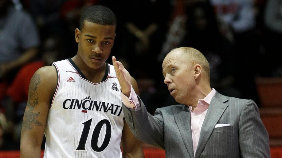 Carleton Cincinnati Basketball