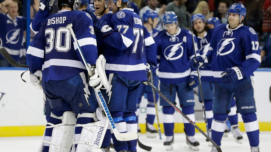 5007a552-Senators Lightning Hockey
