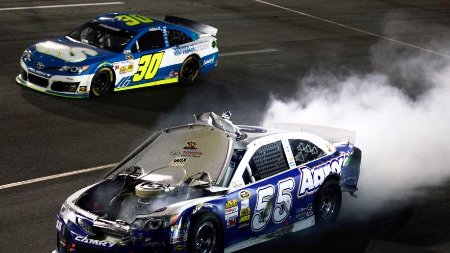 e07bb143-NASCAR Richmond Auto Racing