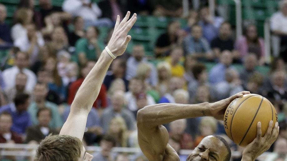 debe8c53-Warriors Jazz Basketball