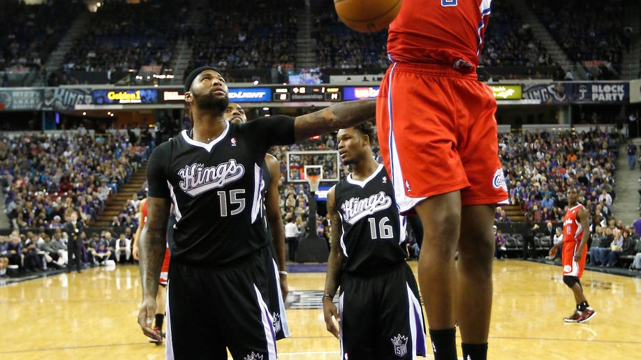 37868df4-Clippers Kings Basketball