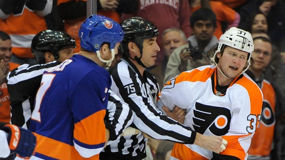 b6652d6a-Flyers Islanders Hockey