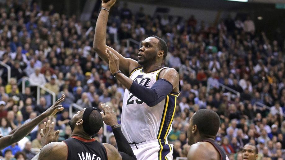 255ed44a-Heat Jazz Basketball