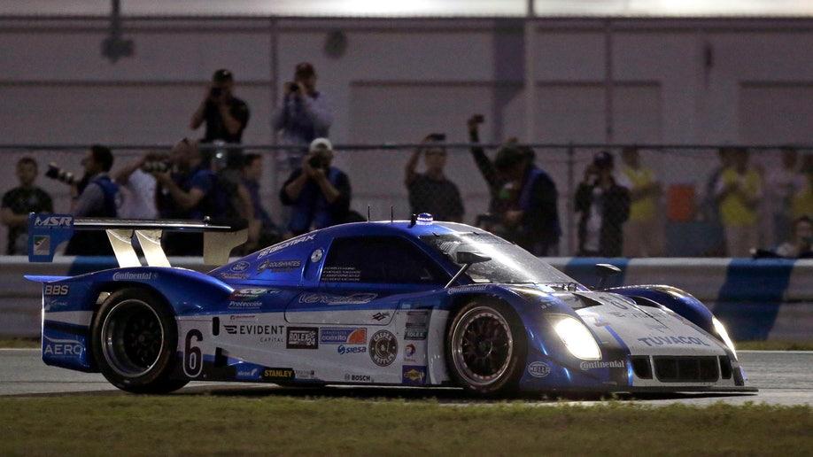 255ed44a-Grand Am Daytona 24 Hours Auto Racing
