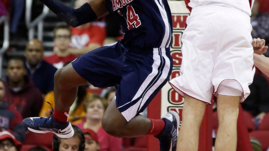 546cc821-Samford Wisconsin Basketball