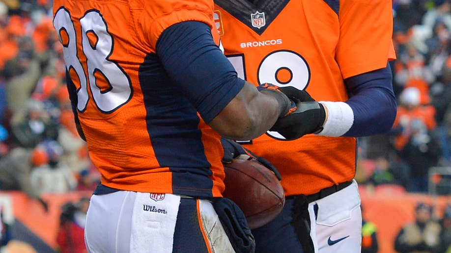1aa1116e-Titans Broncos Football