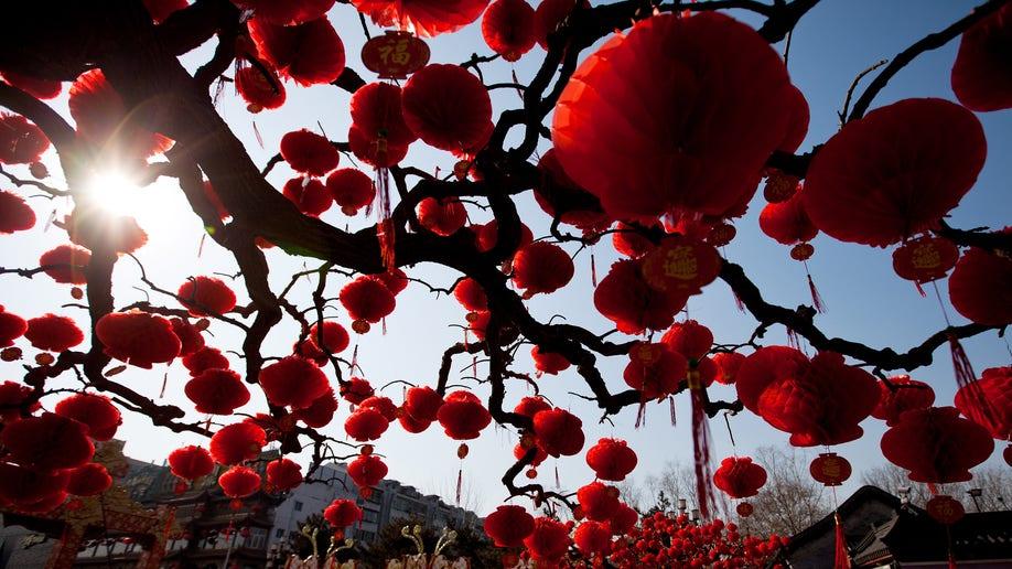 c471c75d-China Lunar New Year