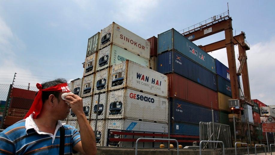 243c4c6b-Hong Kong Port Strike